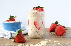 Strawberry Vanilla Overnight Oats